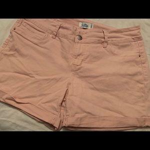 Size 12 cute denim pink shorts. Royalty brand.